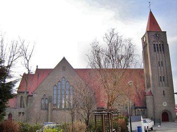 Kerk_Heilige_Familie_Duinbergen_2
